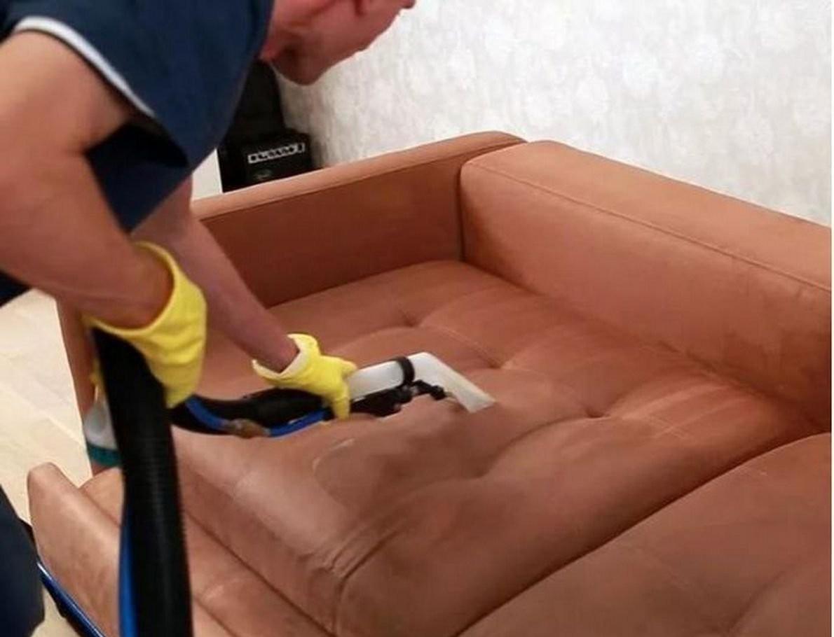 Химчистка мягкой мебели. Частный мастер оказываем услуги